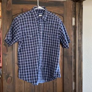 Wrangler XL short sleeve button down shirt